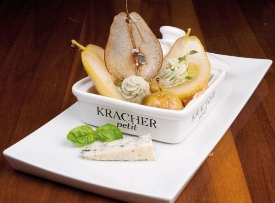 Karamellisierte Birne mit Kracher-Süßweingelee und Kracher Grand Cru